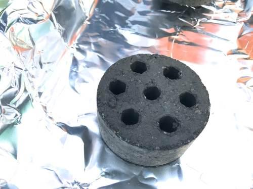 ロゴスの炭