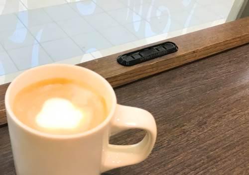 電源コンセントのあるカフェ