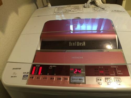 満水の洗濯機を15分洗いモードで