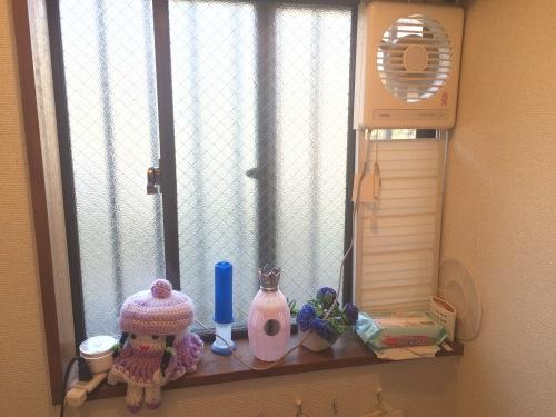 トイレの窓、二重サッシと取り付け前