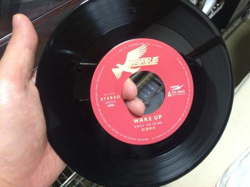 アナログレコード通販サイトと中古レコード選びのポイント
