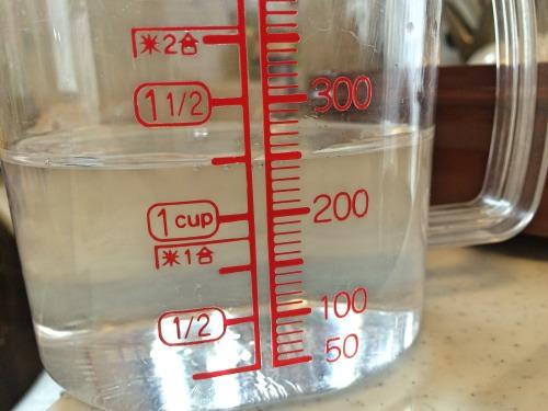 電子レンジ調理器でゆでたまごは250mlの水を使う