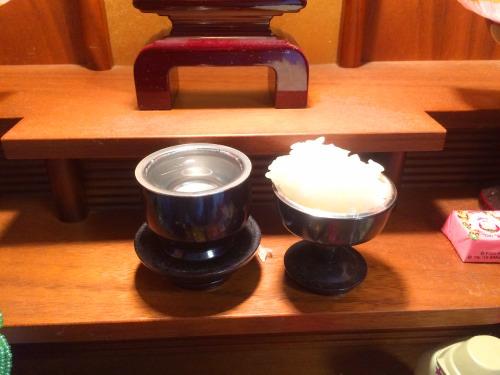 仏壇のお水、お米のお供え台