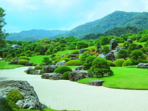 足立美術館のメインとなる日本庭園