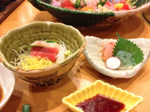 箱根小涌谷温泉 水の音 食事に付いてくる刺身だけでも満足