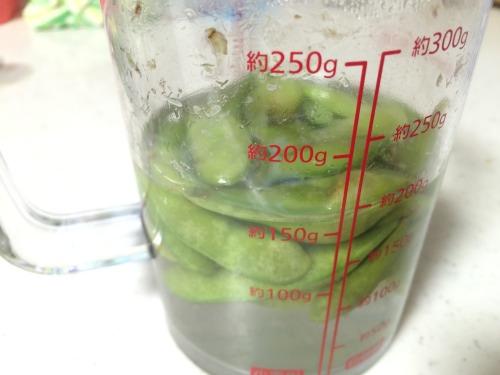 冷凍の枝豆が5分後にしっかり温まる