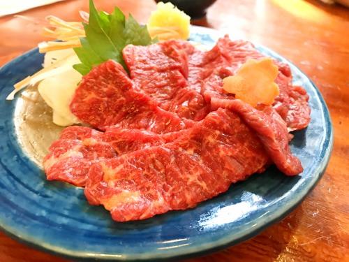 長野県松本市こばやしの馬刺し