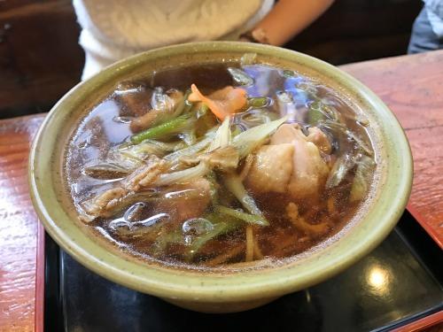 長野県松本市こばやしの鶏南蛮そばの鶏肉はぷりっぷり