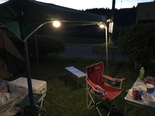 実際にLED電球2つをキャンプで使ったときの明るさ