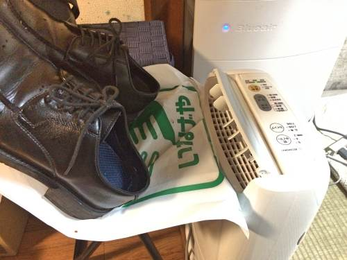 靴の乾燥に衣類乾燥器を使う