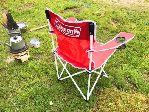 キャンプ用品の椅子